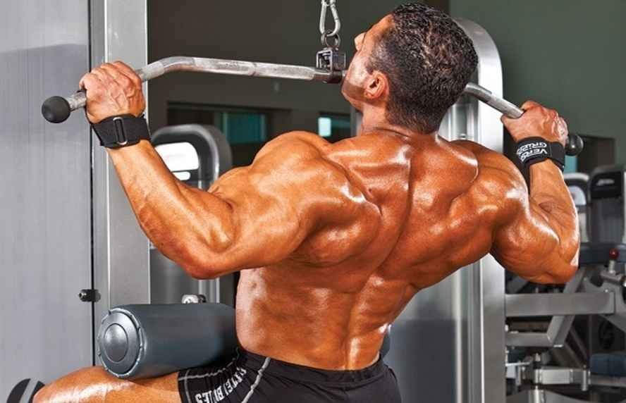 lat machine pulldowns