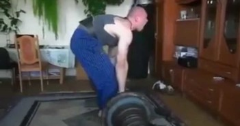 Worst Deadlift Form Ever