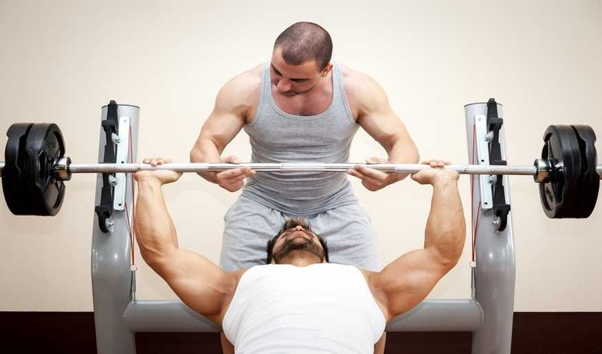 The art of spotting: How to be a good weightlifting ...