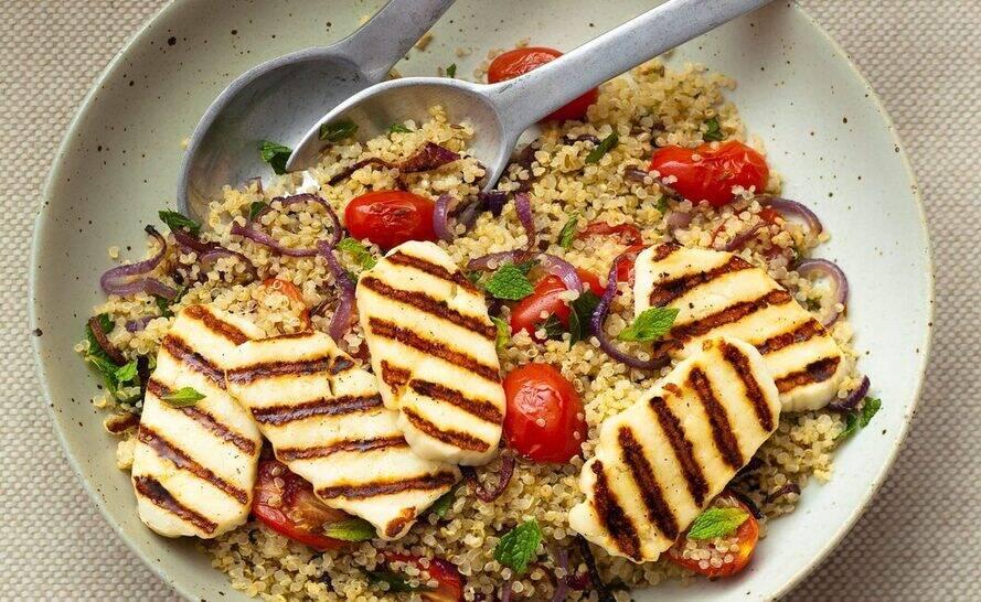 Quinoa with halloumi recipe
